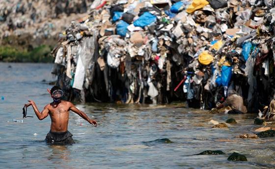 lebanon-garbage-sea